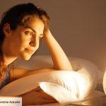 Est-ce dangereux d'avoir un simulateur d'aube près du lit?